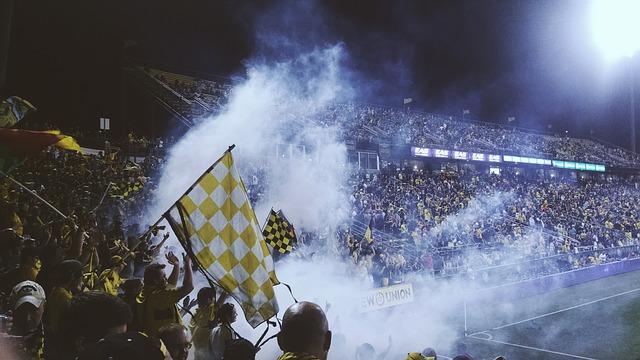 Røggranat på stadion