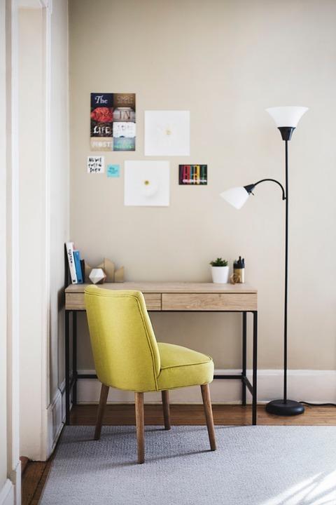Møbelstof – giv dine møbler nyt liv